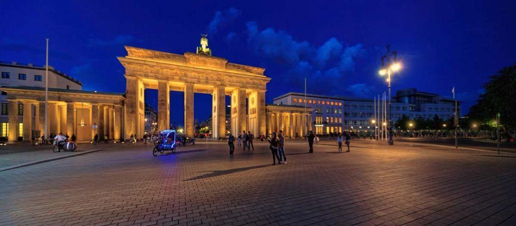 Brandenburger Tor im Europa Podcast Welttournee