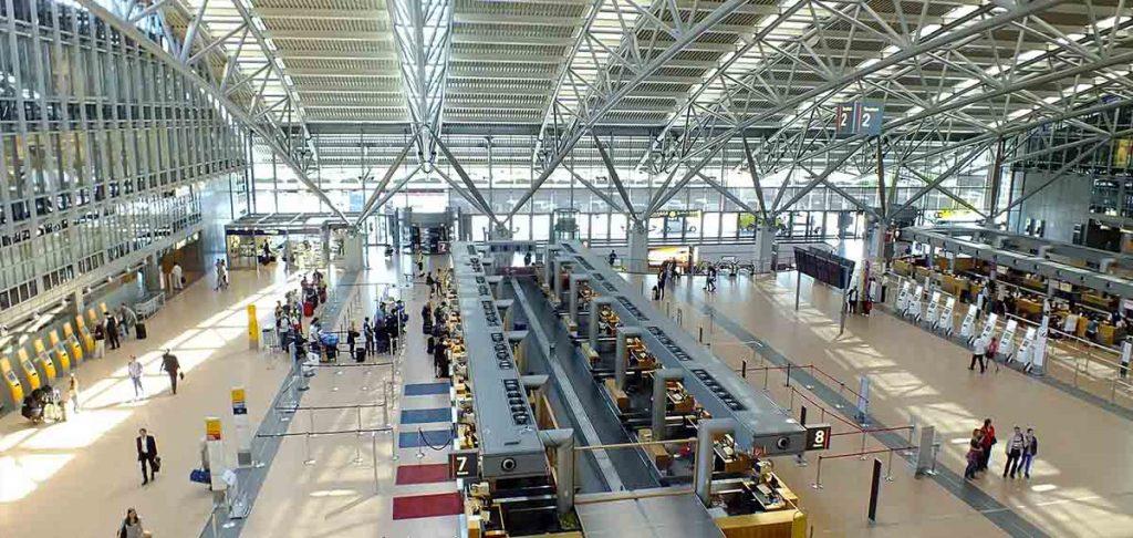 Abflughalle Flughafen Hamburg Lifehack deutsch