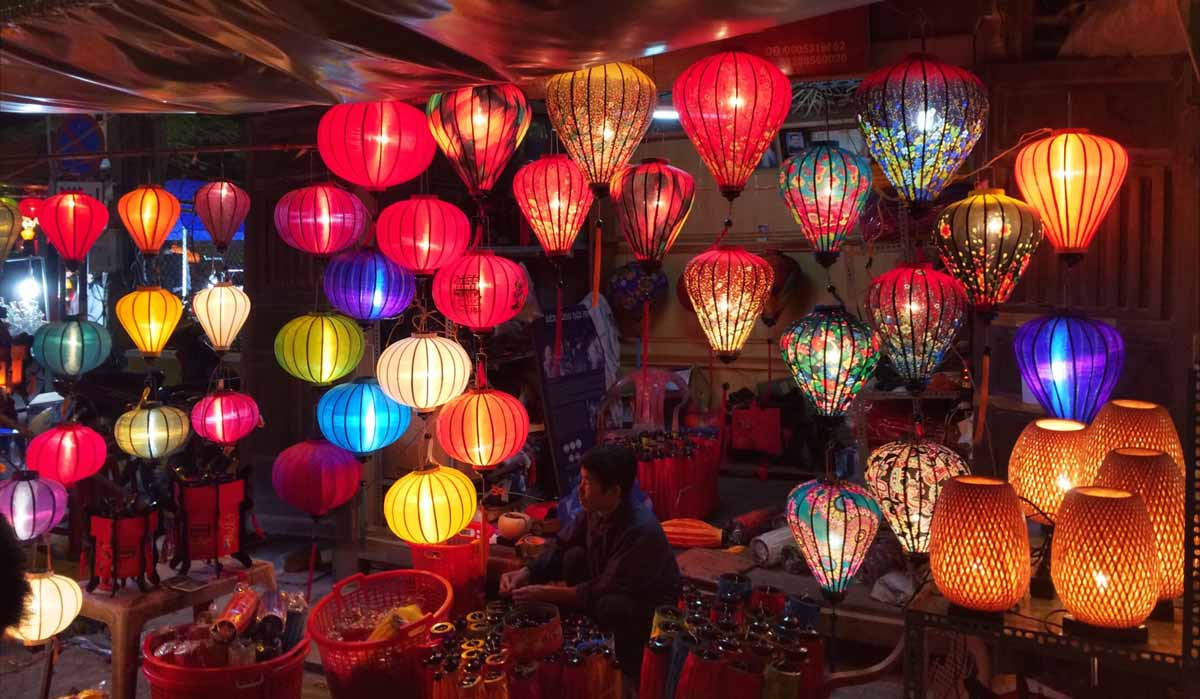 Vietnam Reise nach Hoi An Laternen
