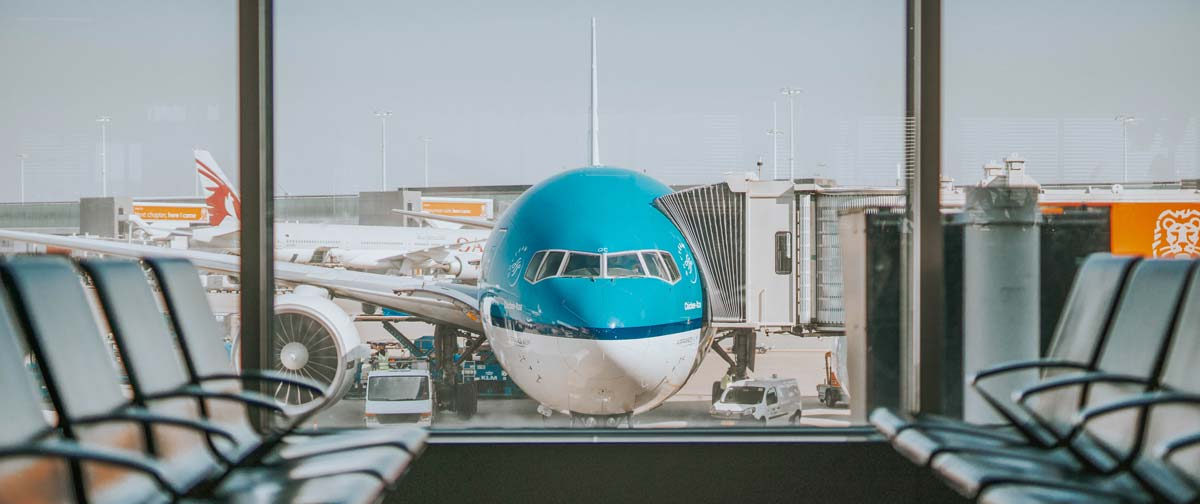 Flugzeug am Gate - Flugzeug Hacks