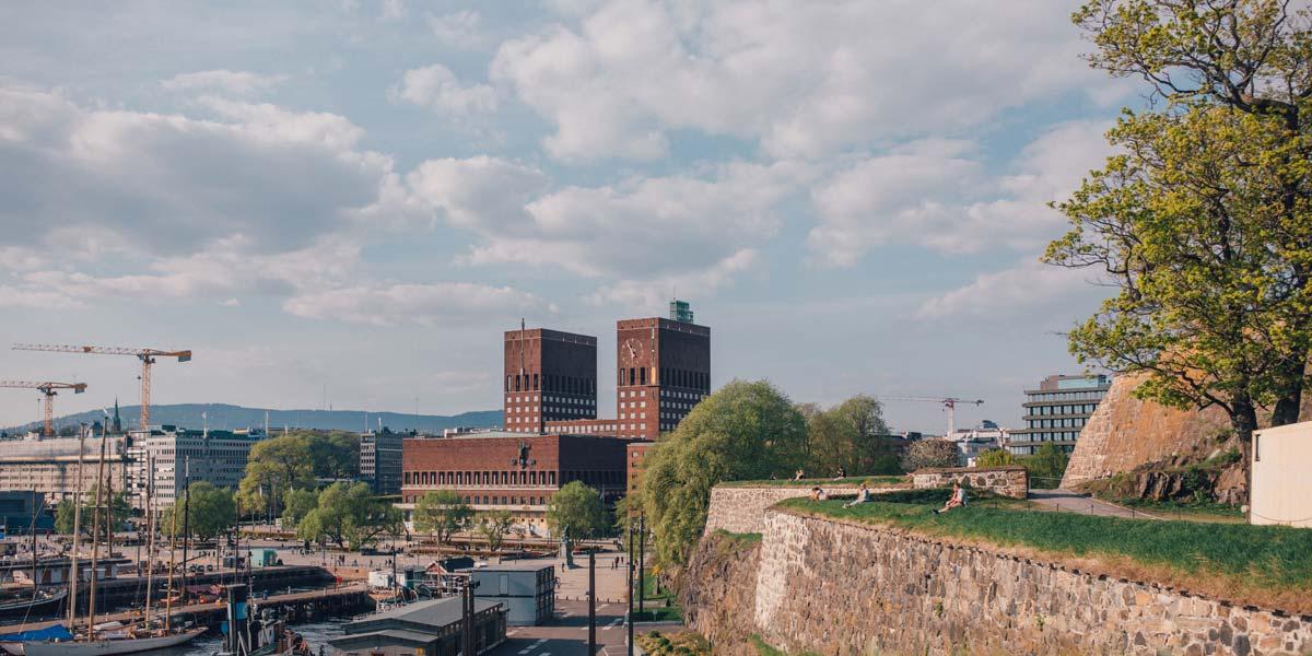 Oslo Wochenende das Rathaus im Reisepodcast