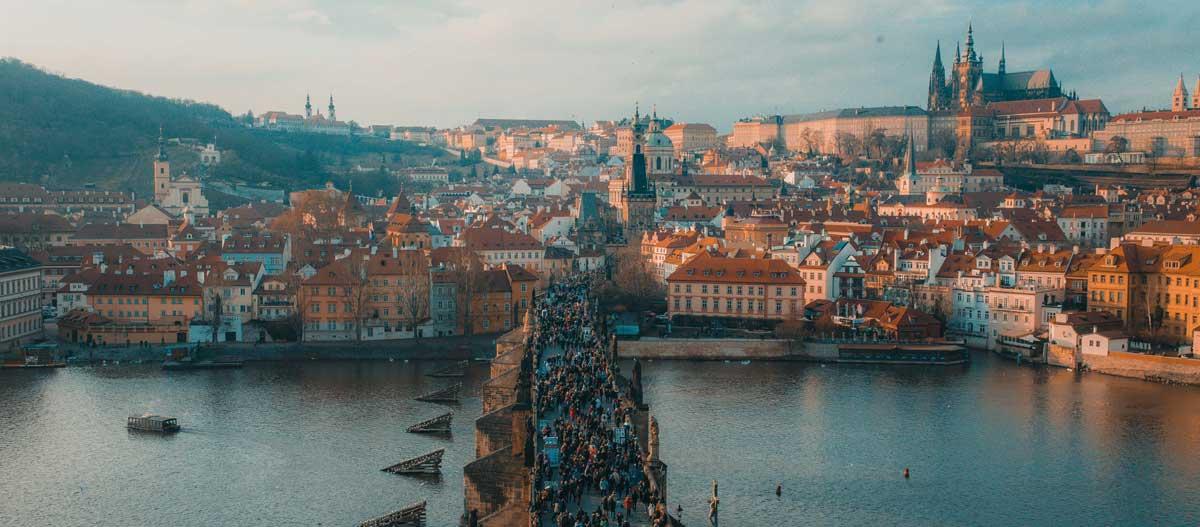 Karlsbrücke in Prag - Weekender Reisepodcast