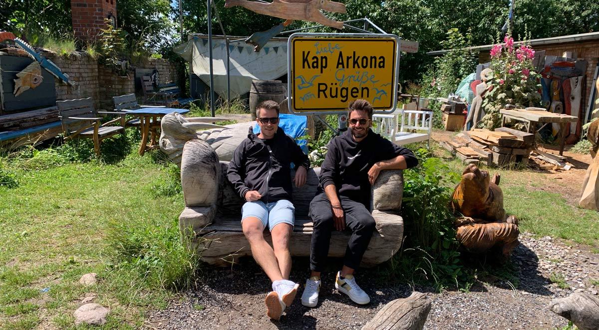 Adrian und Christoph im Künstlerdorf Kap Arkona