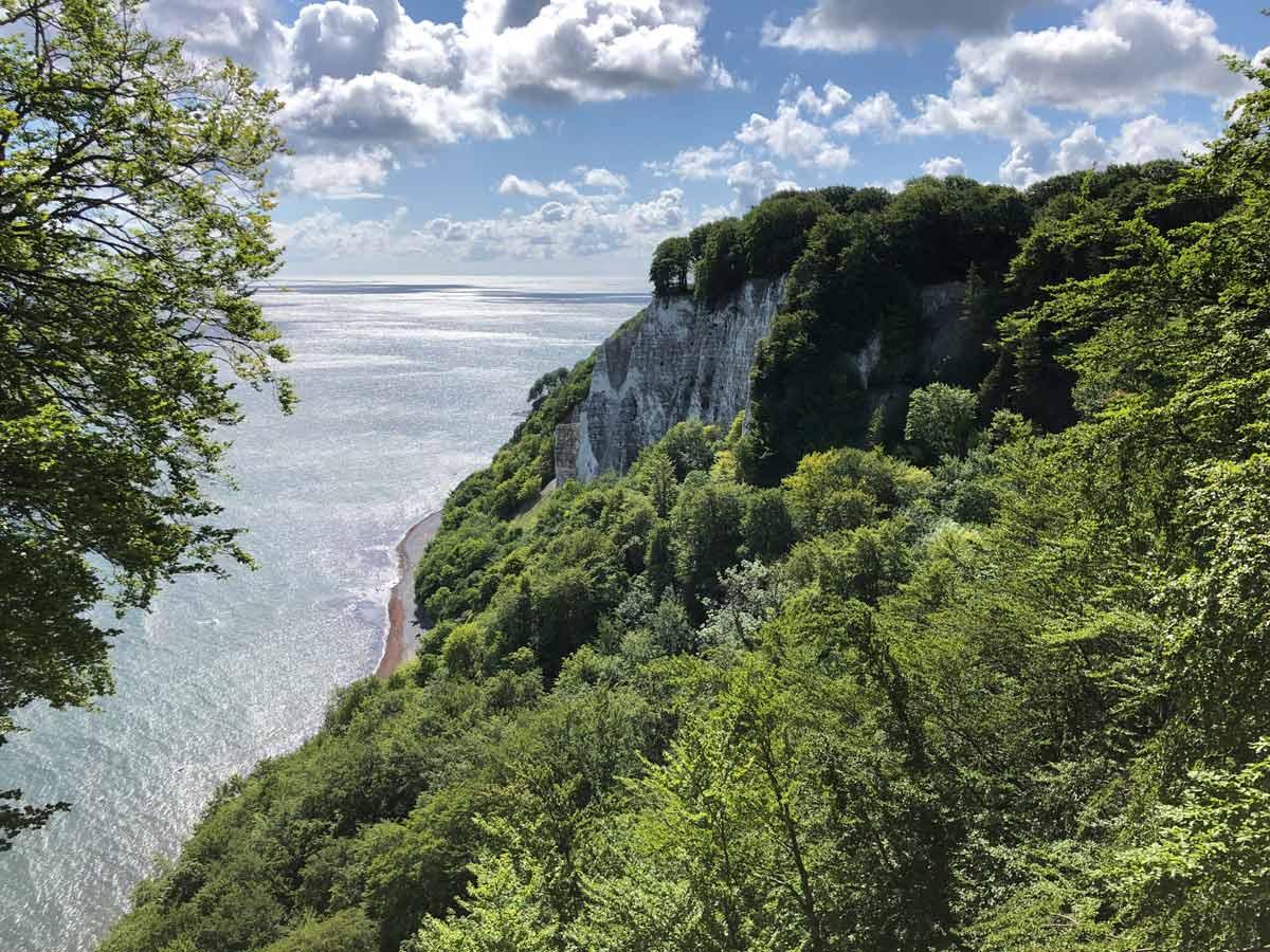 Kreidefelsen auf Rügen im Reisepodcast über Rügen