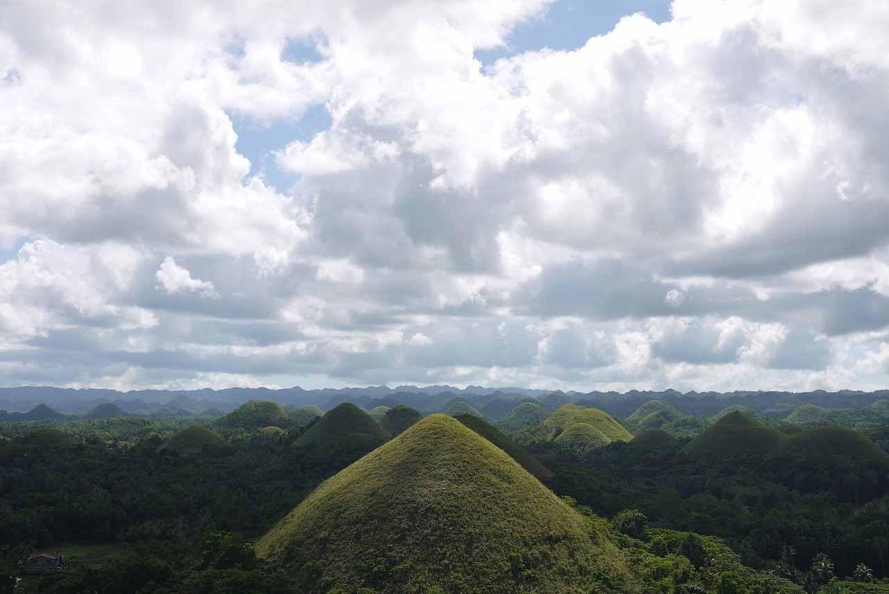 Die Chocolate Hills im Philippinen Podcast